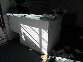 Small L-shape retail sales counter********$150********* Call Now!   Make Appointment  to see   (760)  788-0775 (760) 445-8571