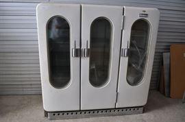 https://yepauctionservice.hibid.com/lot/44206180/antique-frigidaire-refrigerator-three-door-cooler