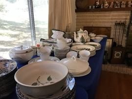Spode!!!!!! And more dishes than you can shake a stick at....about 9 patterns in all!!!!