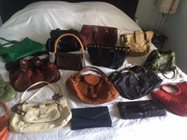 Fantastic collection of better and designer purses