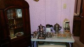 Seng Co. Dining Room Set Plus household items