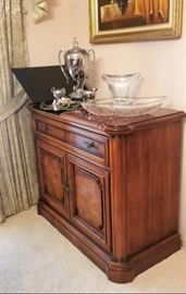 BEAUTIFUL Burnhardt serving buffet with silverware drawer