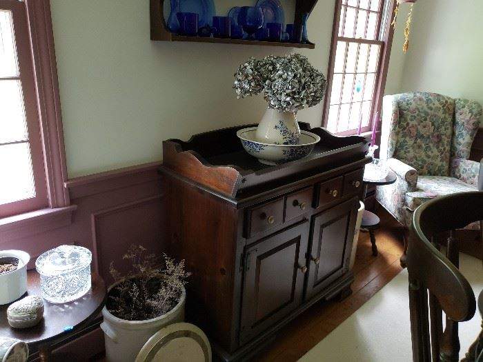 Dining Rm Dry Sink.
