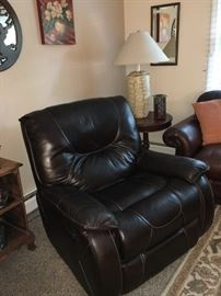Leather recliner (to die for!)