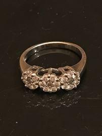14K  21 diamond ring