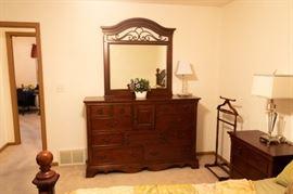 GORGEOUS bedroom suite!