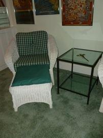 Quality wicker chair w/ottoman