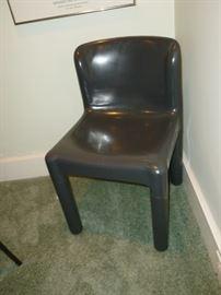 One of 4 Retro Chairs KARTELL , design C. Bartoli