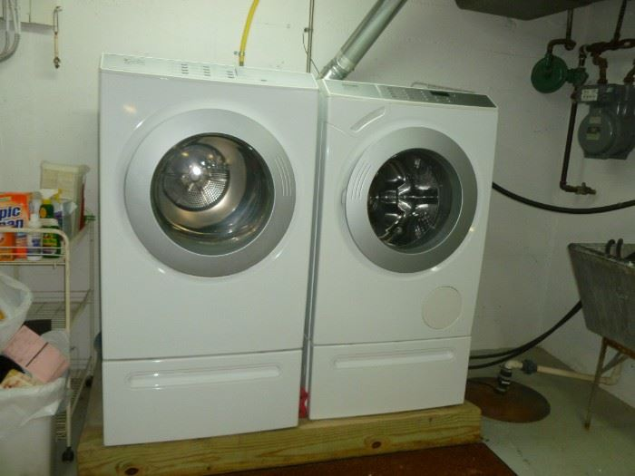 Front Load washer & gas dryer...recently serviced