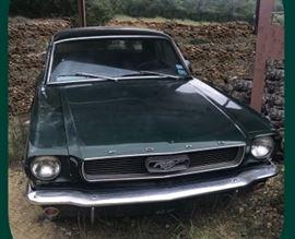 1966 Ford Mustang - 6 cylinder original motor