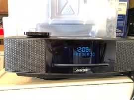 BOSE Radio with CD - High End Model -Brand New - Room Full Clear and Accurate Sound