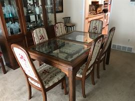 Ethan Allen dining room set (table, 6 chairs, china cabinet, 2 leaves)