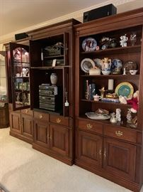 Thomasville 3 piece wall unit with lighted curio