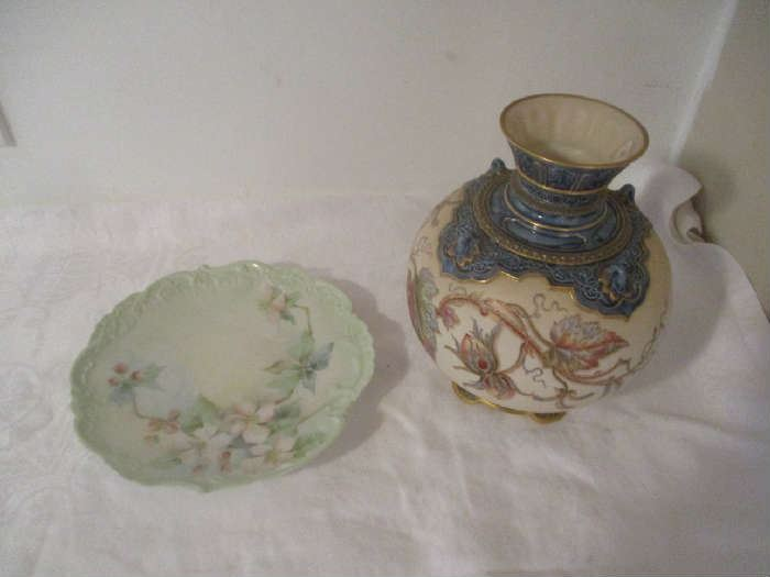Vase and plate