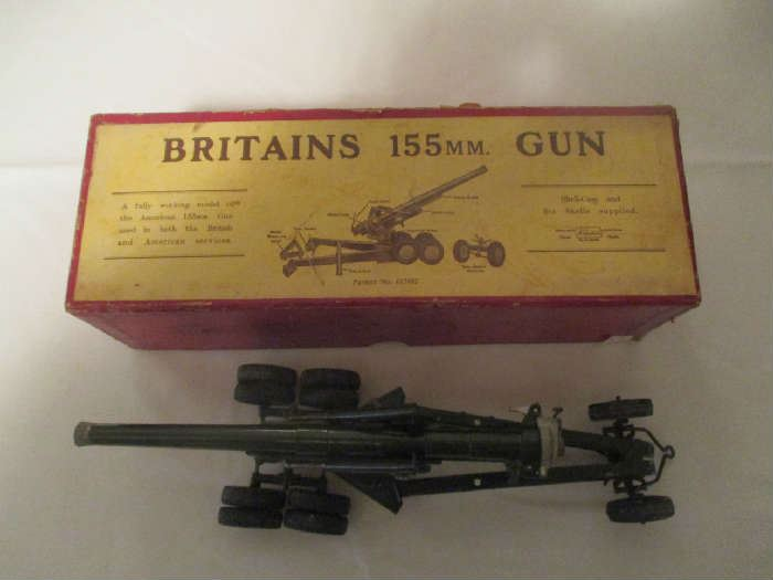 Britains 155MM Gun in original box