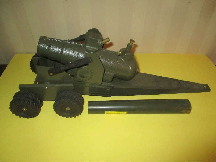 Big Bang 155mm Cannon in original box