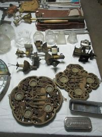 Lamps, lighting and assorted items
