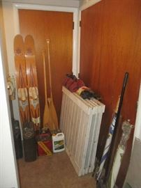 water skis', oars and garage items