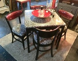 ADORABLE, Art Deco Style,  Black & Red Cafe' Table, Solid Wood, Table w/ 4 Matching Chairs,