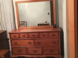 10 drawer Large dresser with Mirror