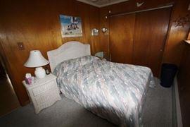 Wicker bedroom set