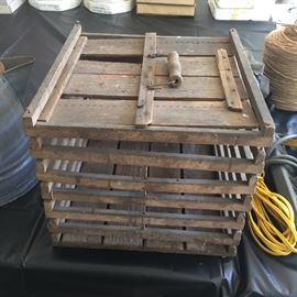 Primitive egg crate