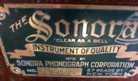 Vintage Sonora Phonograph