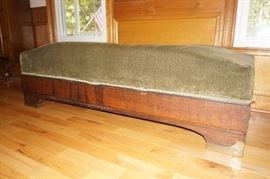 Antique German Fainting Couch