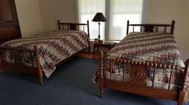 Bobbin spool twin beds w/ nautical theme
