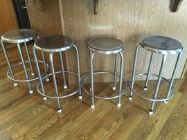 Set of 4 stainless steel bar stools