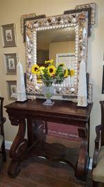 SeaShell Mirror, Pr. Obylisk, Petty-Coat Table