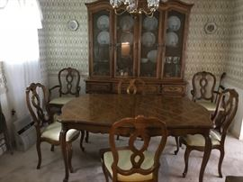 Dining set, good condition