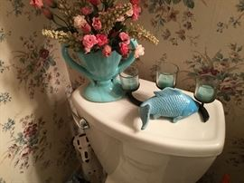 Bathroom - vintage teal vase