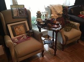 Matching Chairs and small vintage table in LR