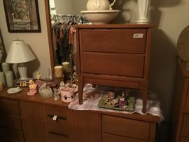 Bedroom 3 - mid century modern night stand, dresser with mirror