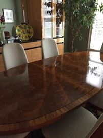 Large dining table - 6 chairs