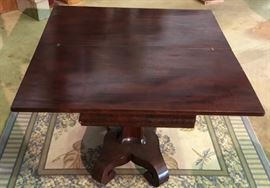 Mahogany Turn Table