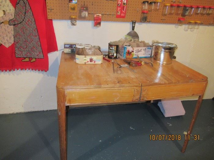 BASEMENT TABLE AND TOOLS