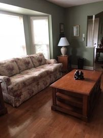 Cottage style sofa, solid wood coffee table