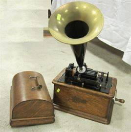"Antique Edison Cylinder Phonograph Player With Horn. ca 1905. In Oak 13"" wide case. Lot includes 18 cylinder records"