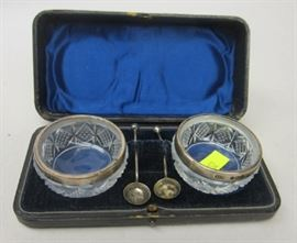 "Birmingham English sterling and crystal open salt set. Spoons are 2 1/8"" long. Assorted date marks"
