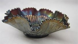 "Vintage Northwood Stippled Rays Carnival Glass Ruffle edge Bowl. Signed. 9.25"" at widest point"