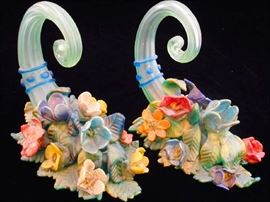 VENETIAN ART GLASS CORNUCOPIA