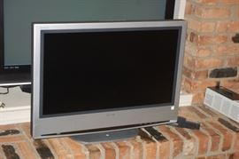 "Sony 32"" diagonal flat panel"
