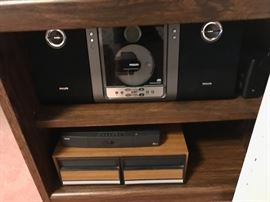 •CD Boom Box