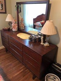 Mid Century Dresser /mirror