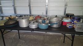 Aluminum Pots & Pans ++