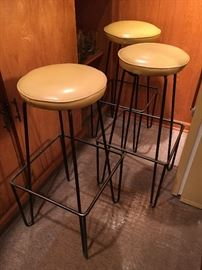 In the style of MCM Paul Tuttle Bar stools, set of 3, wrought iron