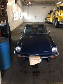 Front View of Triumph Spitfire IV.