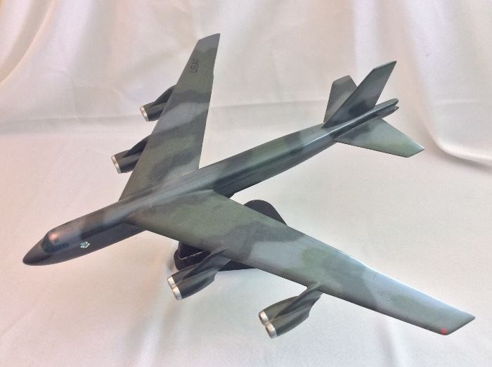Florlyn's Handcraft Model Airplanes. USAF B-52 Bomber.